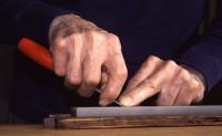 holdingblade-front_big